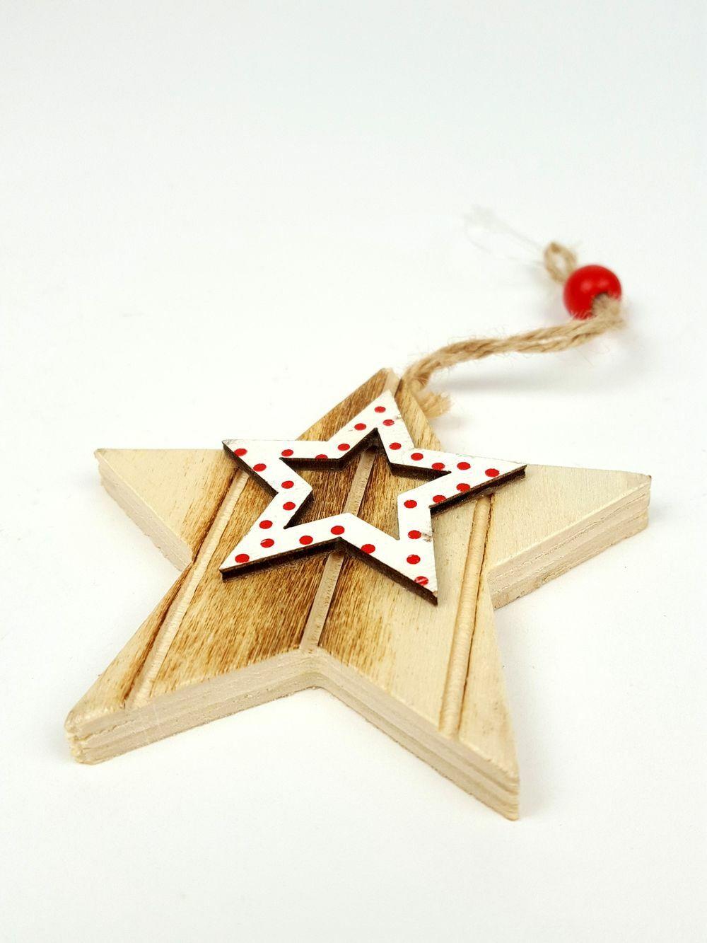 Akasztós fa csillag pöttyös középpel - Fehér
