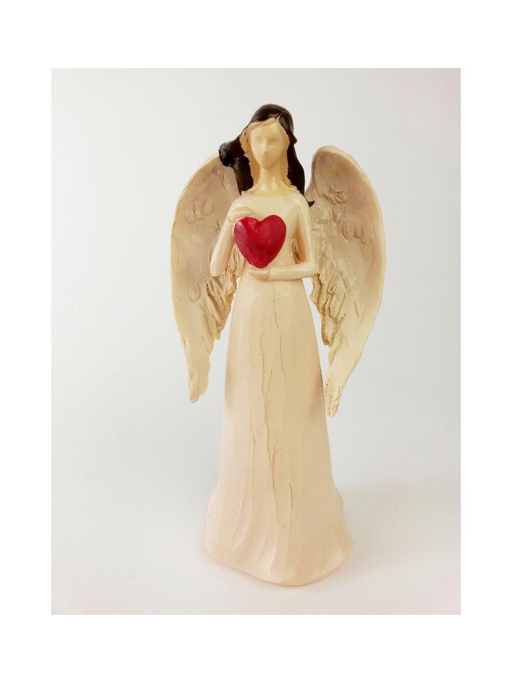 Angyal szívvel álló