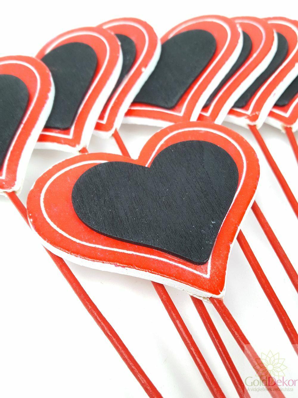 Szív betűző táblás