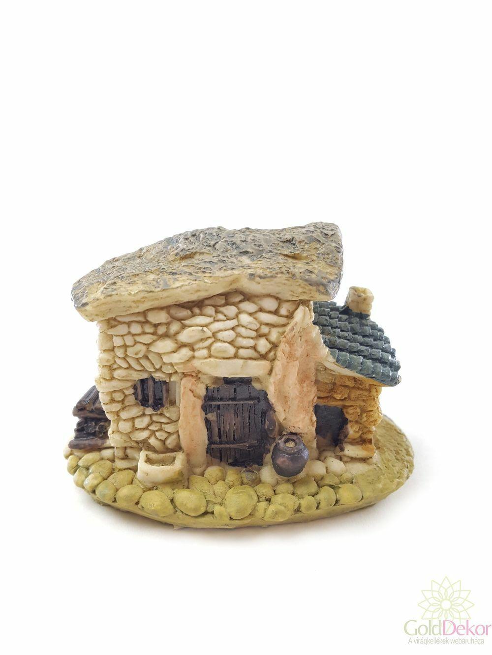 Sziklás ház - Barna