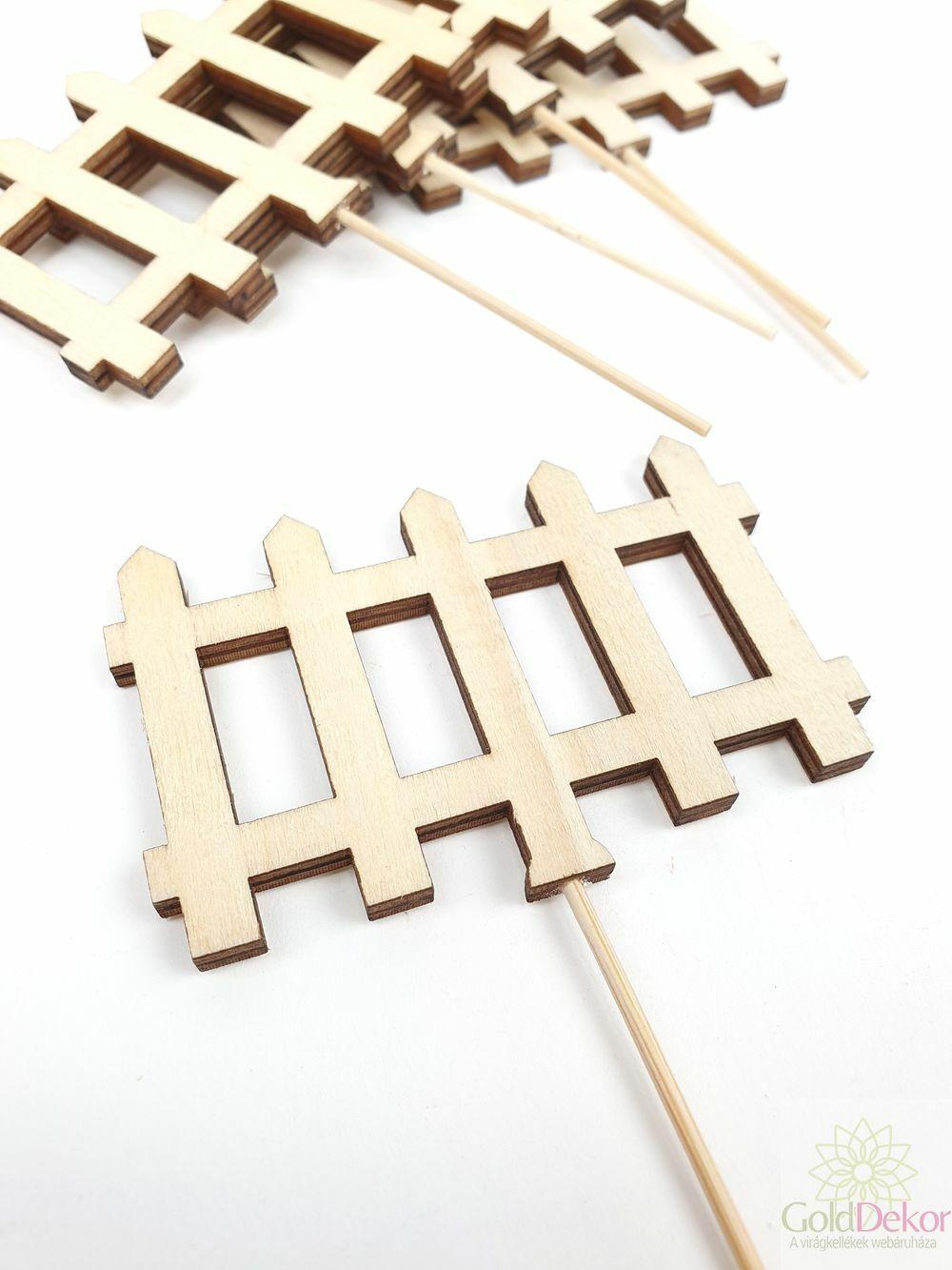 Fa kerítés betűző*5