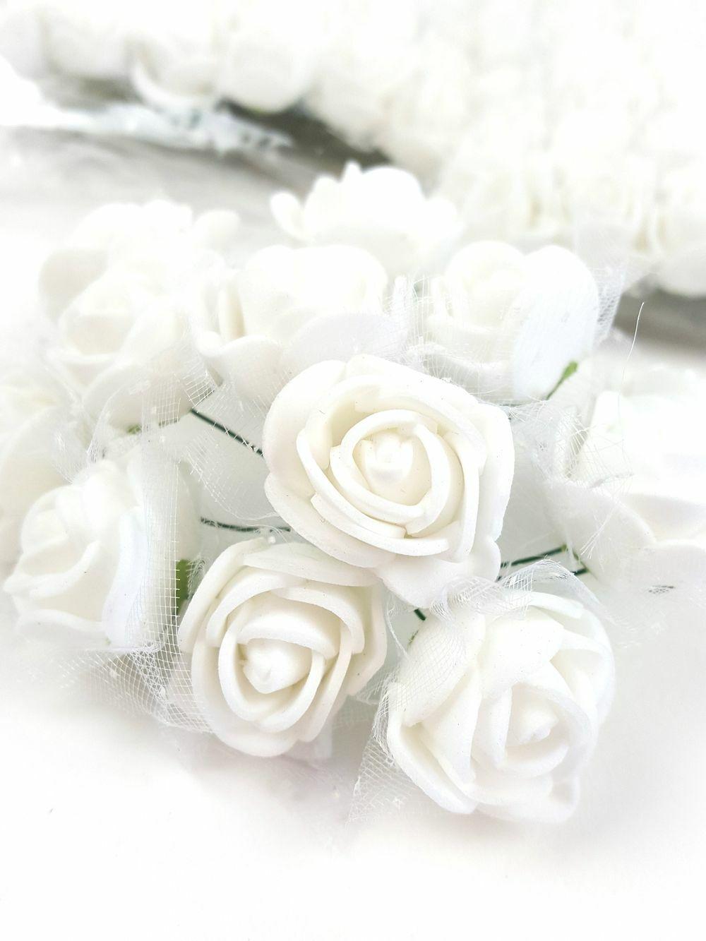 Csomagos mini polyfoam rózsa tülös - Fehér