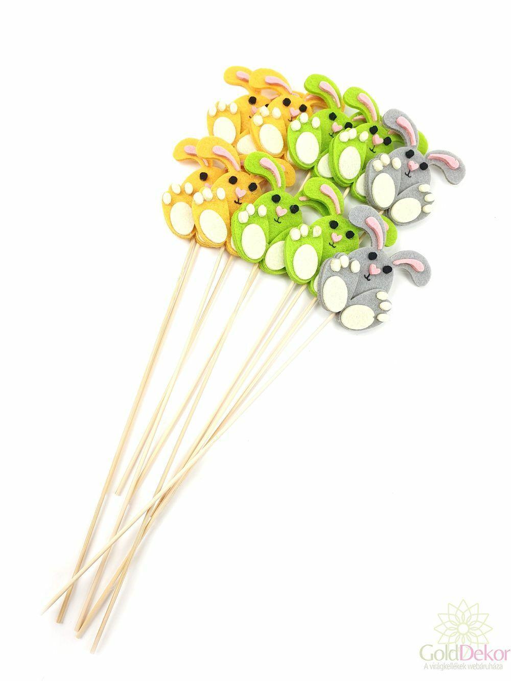 Vegyes színű filc nyuszi betűző