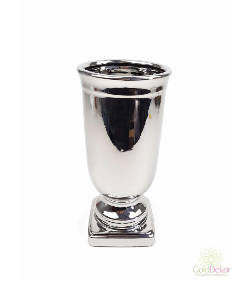 Ezüst színű kerámia kupa
