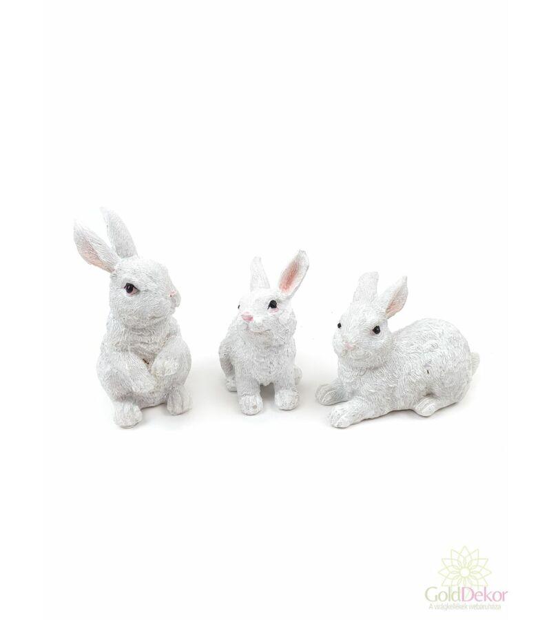 Fehér nyuszi figura