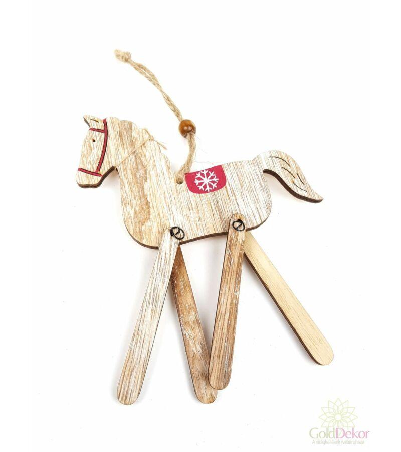Fa lógólábú ló