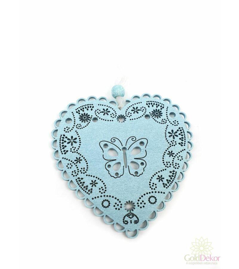 Pasztel csipkézett fa szív -Lepke