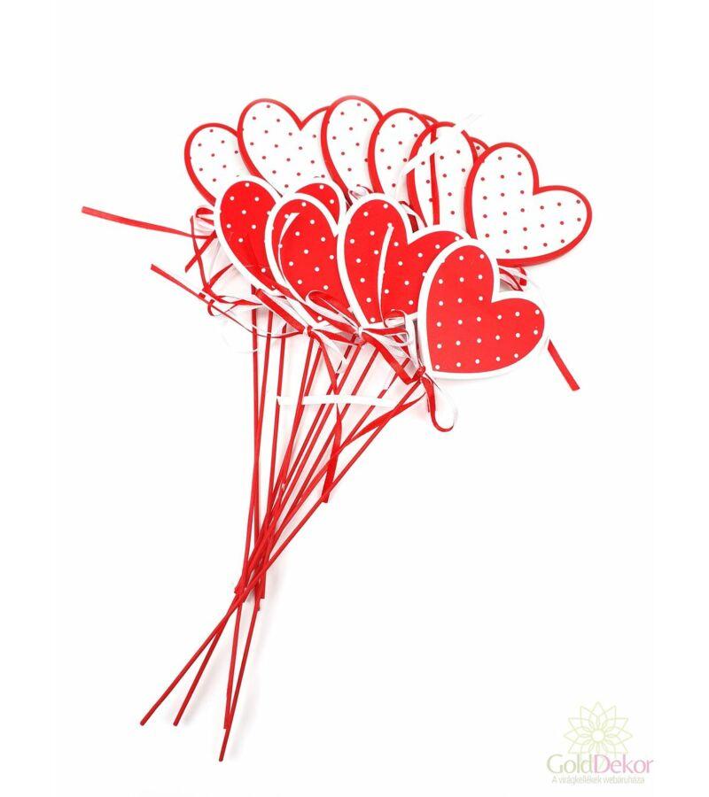 Pöttyös szív betűző*10